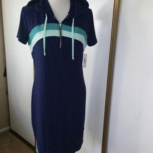 NWT Soft hooded pull-over XL